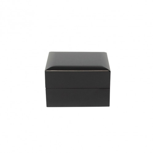 BLACK PIANO WATCH BOX