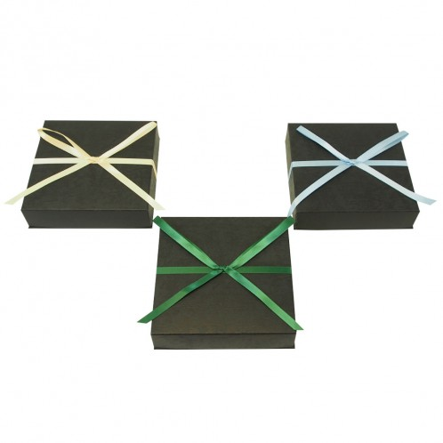 Pre-Tied Ribbon Necklace Box