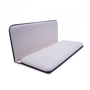 FOLDABLE TRAY WITH SLOT