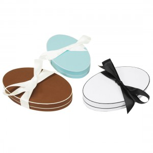 Oval Hat Necklace Box