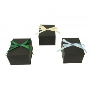 Pre-Tied Ribbon Watch Box